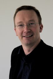 Dr. Peter Schulz, Akad. ORat