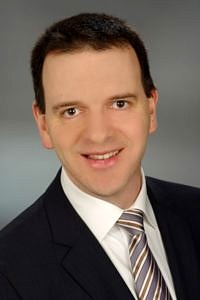 Prof. Dr.-Ing. Hannsjörg Freund